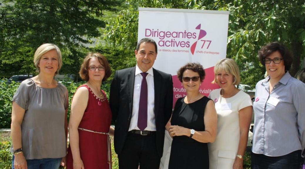 Les membres du bureau DA77 entourent le maire de Serris qui a accueilli l'AG 2015 de l'association